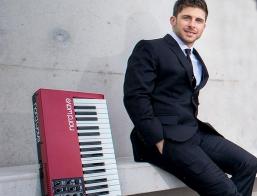 Instrumental Piano Player Sydney